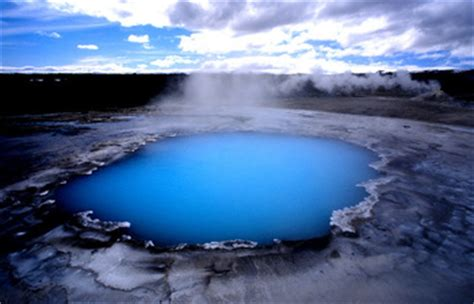 Iceland Guided Tour - Land of the Northern Lights