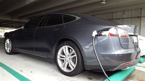 $698/Month Tesla Model S Lease Now On The Table
