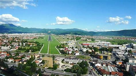 visual approach to Sarajevo airport on a nice day - YouTube