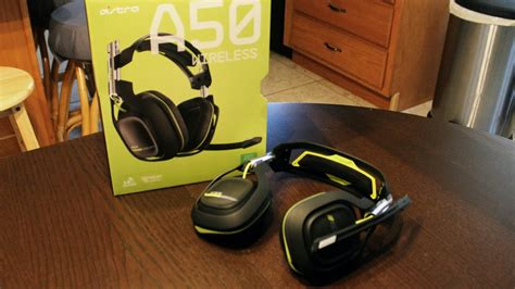 2015 Astro A50 WIRELESS Gaming Headset Unboxing/Mini
