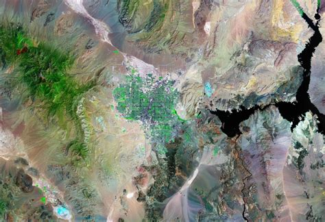 New Satellite Images of 76 Major United States Cities and