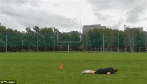 Havard Rugland NFL: Norwegian kicker gets tryout with New
